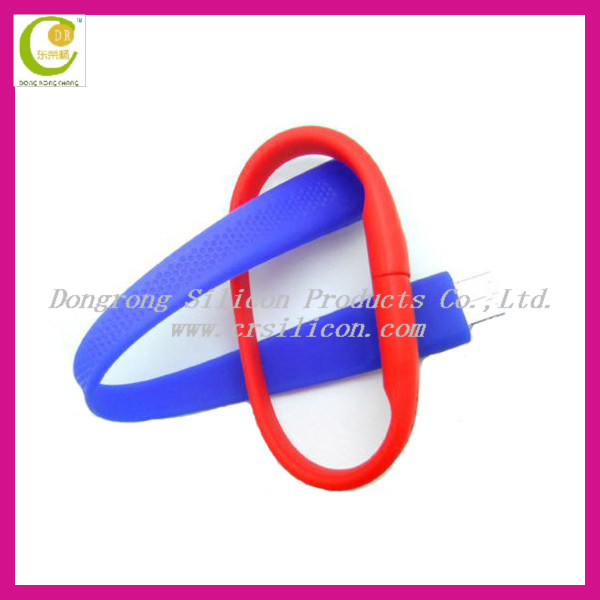 Hot sale 1GB-32G real capacity portable promotion silicone bracelet USB flash drive in different colors