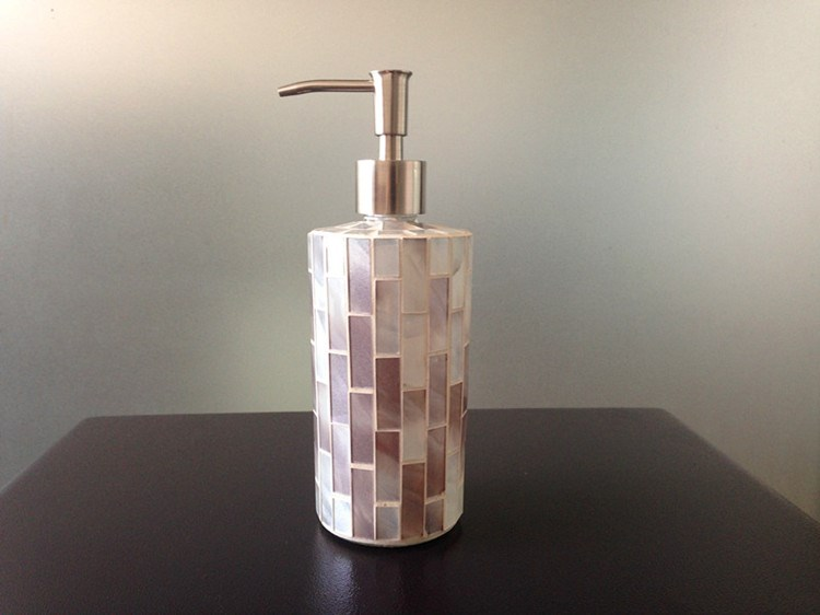 Crackle glass bathroom accessories