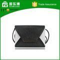 Stock China Supplier Hit Color Black and White Woman Messenger Bag