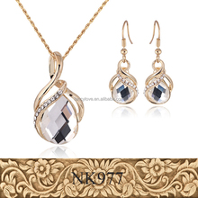 2016 Gold Chain Crystal Jewels Necklace Earring Sets