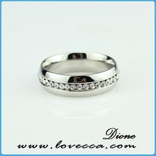 Custom stainless steel jewelry women fashion crystal wedding ring