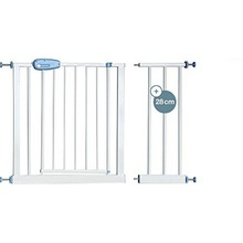 Easy Close Steel Frame Safety Gate Keeps Baby Safe