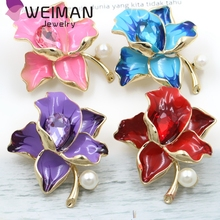 Custom cheap gold plated orchid flower brooches rhinestone flower orchid brooches wholesale