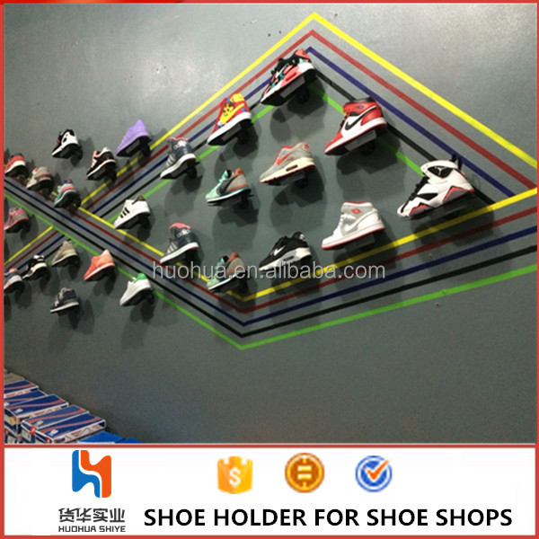 huohua modern appearance high quality metal white install on the wall sport shoes display rack <strong>acrylic</strong>
