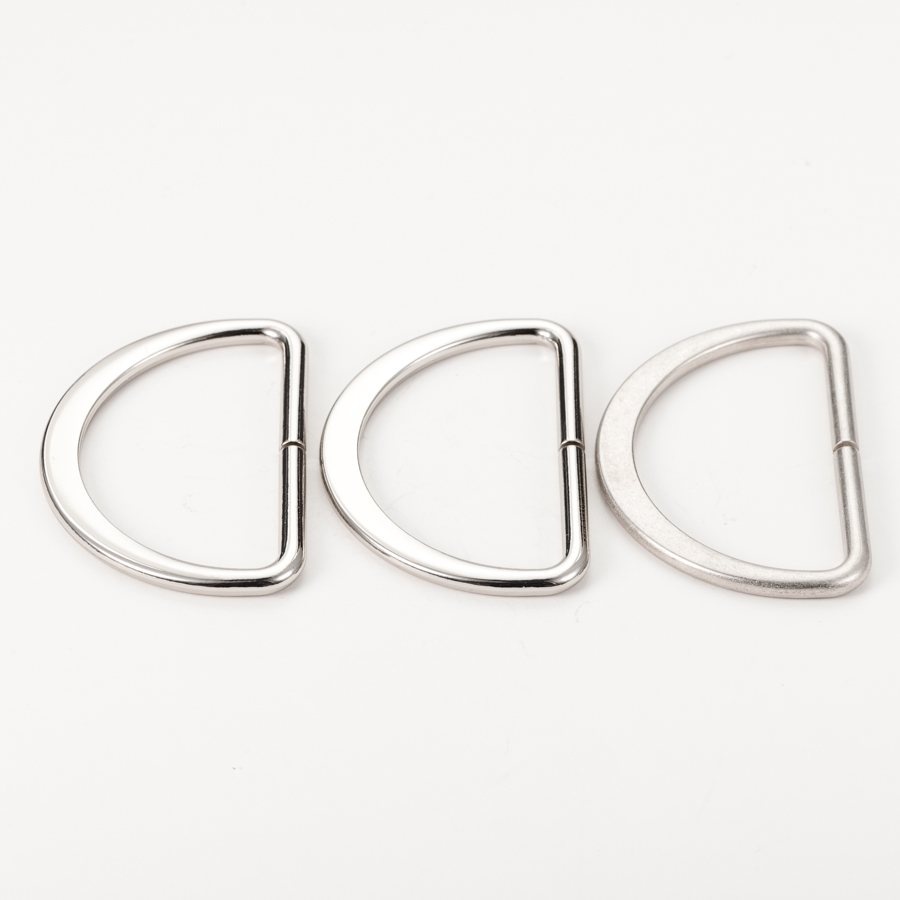 Factory price silver hardware zinc alloy metal <strong>d</strong> ring buckle for bags