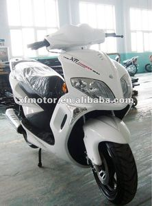 Hot selling high quality beautiful design 150cc gas scooter
