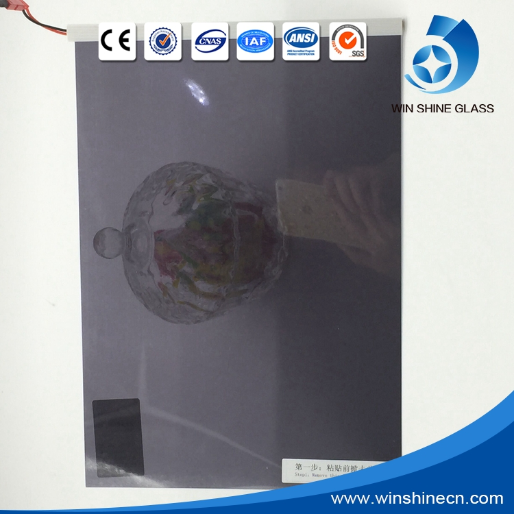 Colored switchable glass electrochromic glass