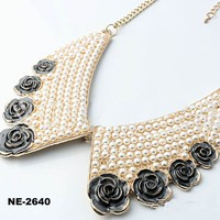 Latest women collar designs luxurious pearl bow fake collar