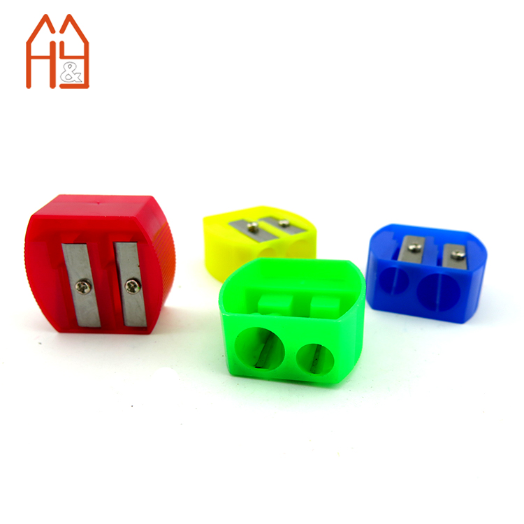 EN71-1,2,<strong>3</strong> certificate plastic 2 holes pencil sharpener for promotion
