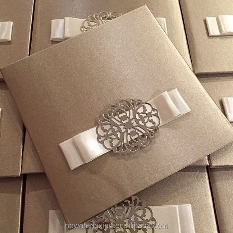 Wedding silk invitation box with ribbon buckle