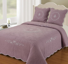 Embroidered Quilt Bedding set