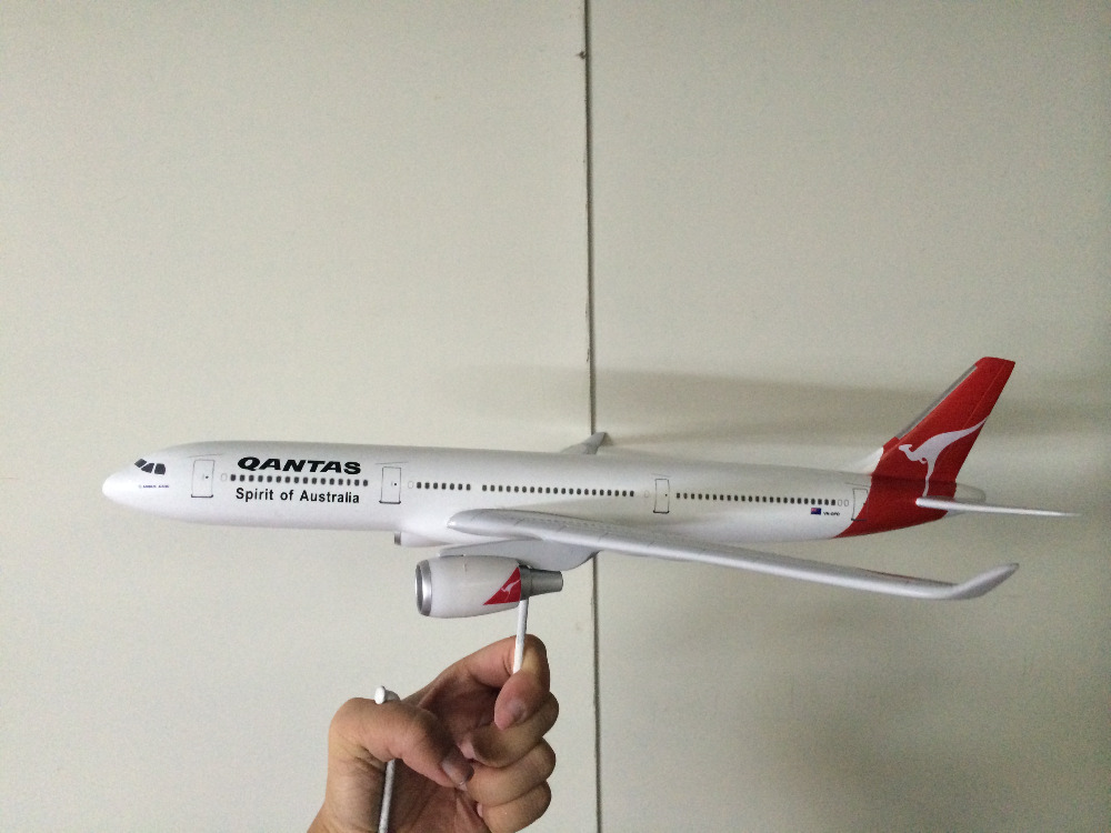 2014 new style glass plane instant domestic gas geyser hot water heater/Qantas A330 38cm plane model