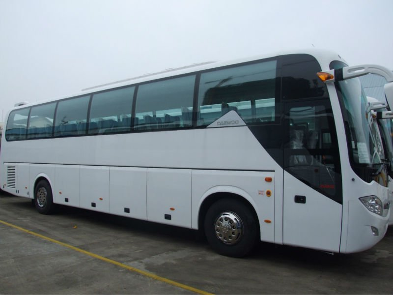 70 seater bus GDW6121HK luxury tour bus with toilet