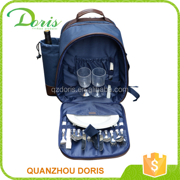 4 person picnic cooler bag with bottle compartment
