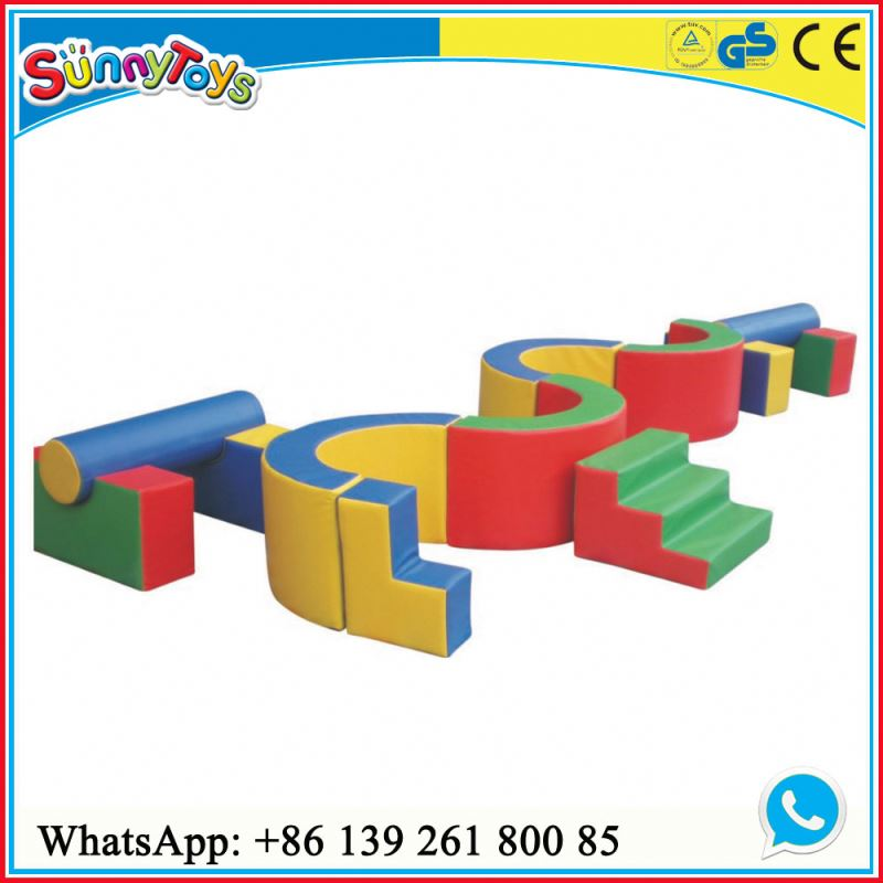 Kids party indoor playground soft play equipment to buy for early education center