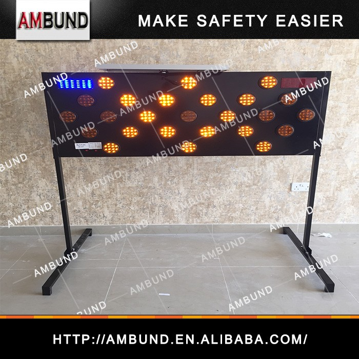 The Middle East Type Solar LED Warning Light Traffic Sign Arrow Board