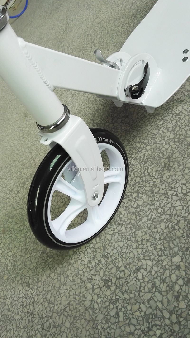 EN certificate aluminium adult kick scooter Quick folding kick scooter