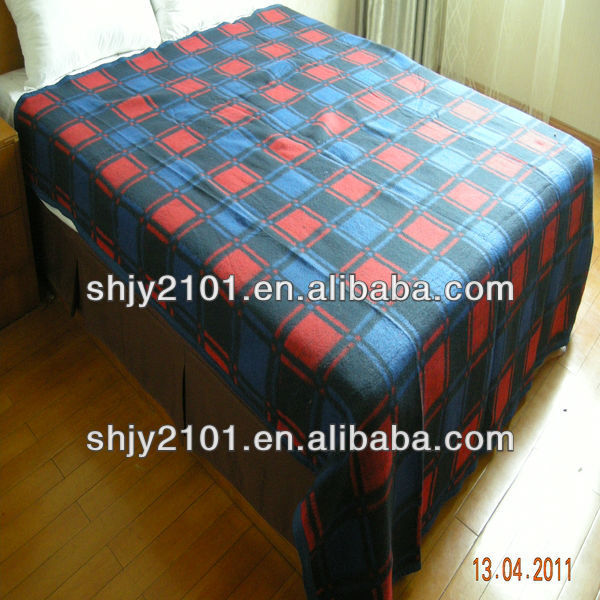 Cheap Recycled Tartan Blanket for Disaster relief