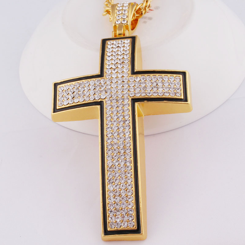 Manufacturers wholesale hip hop star street metal alloy crystal unique cross jewelry necklace