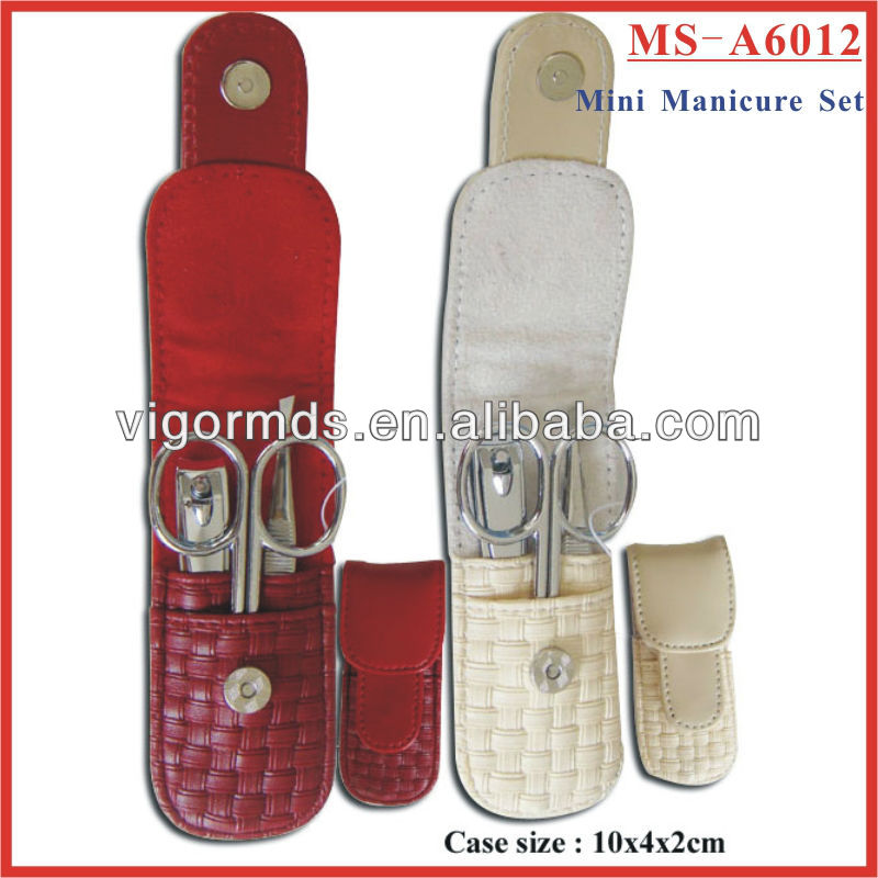 (MS-A6012) 3 Pcs Mini Travel Manicure and Pedicure Set