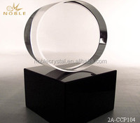 Fashion Design Optical Crystal Oval Award With Crystal Black Base