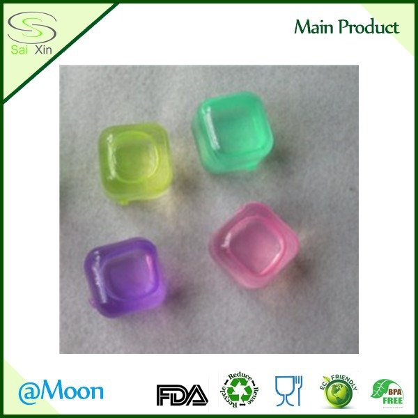 LDPE Reusable Plastic Ice Cube with BPA Free Material Drinking Ice ball