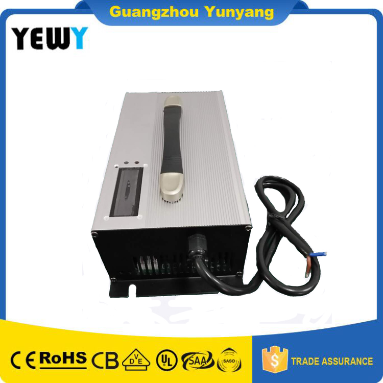 2 years Warranty Lithium/Li ion Car/EV Chargers 96V 15A 16A 27s 113.4v Battery Charger Aluminum Alloy with Fan cooling