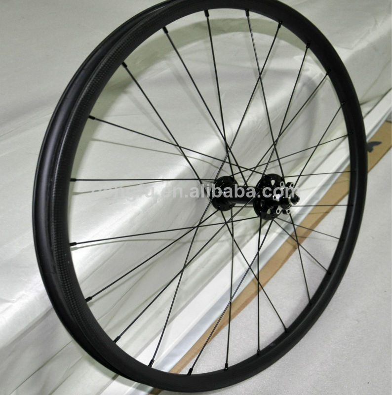 26er full carbon fiber mountain bike wheels , carbon bicycle wheels , 26er mtb wheels
