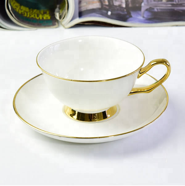 Wholesale white bone china ceramic with gold rim not contain spoon coffee tea <strong>cup</strong> and saucer set