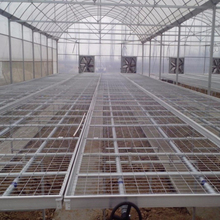 Agricultural greenhouse rolling bench