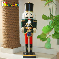 2016 wholesale baby wooden nutcracker soldier, popular kids wooden nutcracker, cheap children wooden nutcracker soldier W02A013B