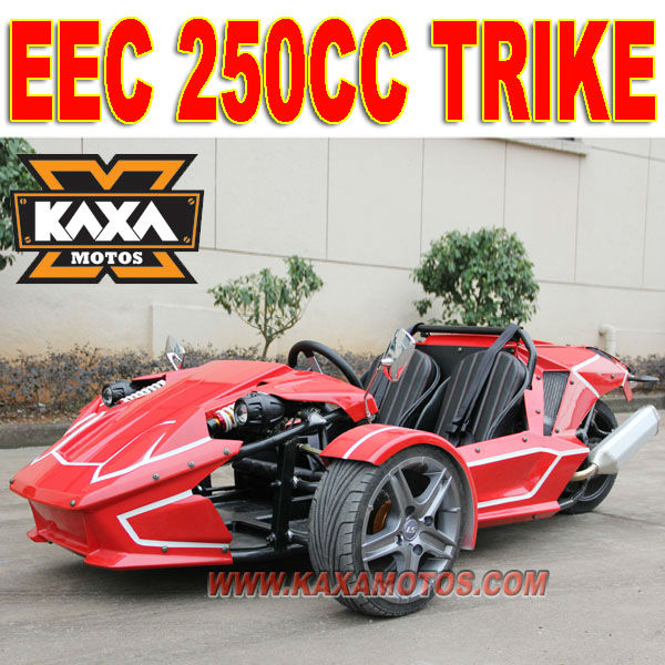 EEC 250cc Tricycle in Three Wheel