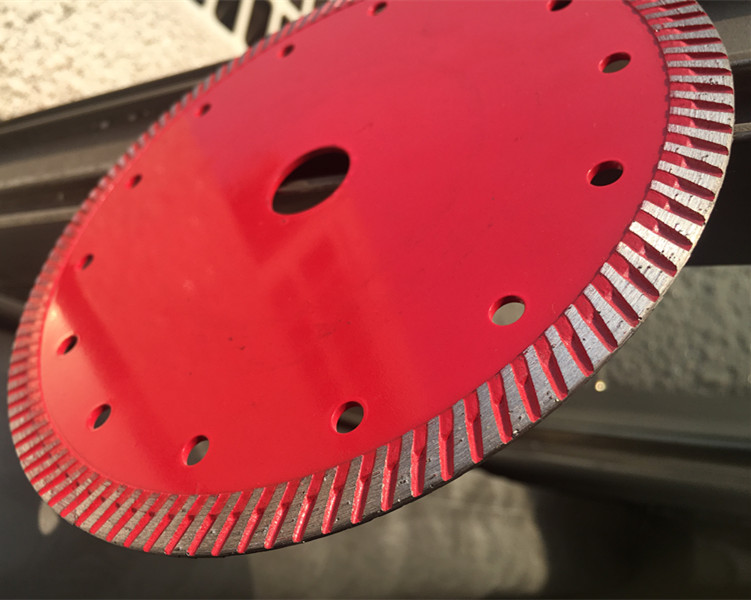 Hubei Yintian 5inch 125mm sharp cutting durable turbo diamond saw blade dry cutter disc tools