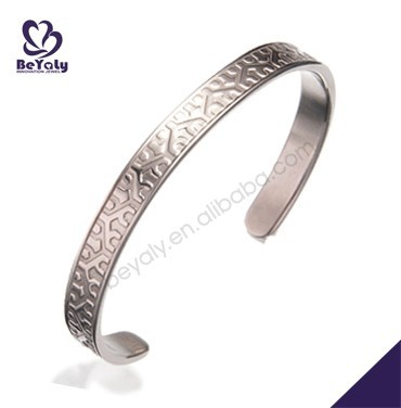 Best price open style delicate engraved jewel accessory