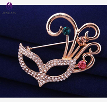China wholesale brooch new style fashion alloy gold plated rhinestone mask korean brooch wholesale