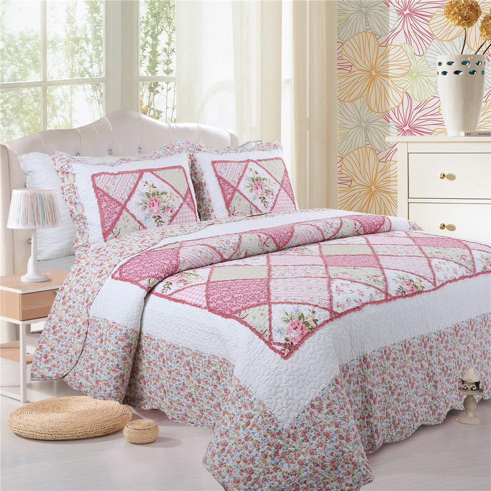 Pink ruffled bed linen for sale