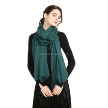 2018 wholesale elegant colors plain 100% hand wool knit scarf