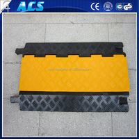 Hot sale 3 Channel Drop Over Cable or Cord Protector /Speed Bump Cable Protector for p;arking lot use