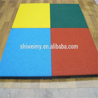 Flat rubber flooring tile for outdoor playground