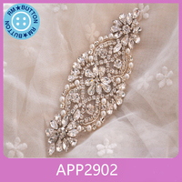 Beautiful and elegant handmade fashion sparkle rhinestones pearls bridal applique patch
