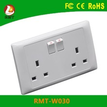 China supplier 2500W alibaba co energy saving 13amp UK electric wall switch socket 220v