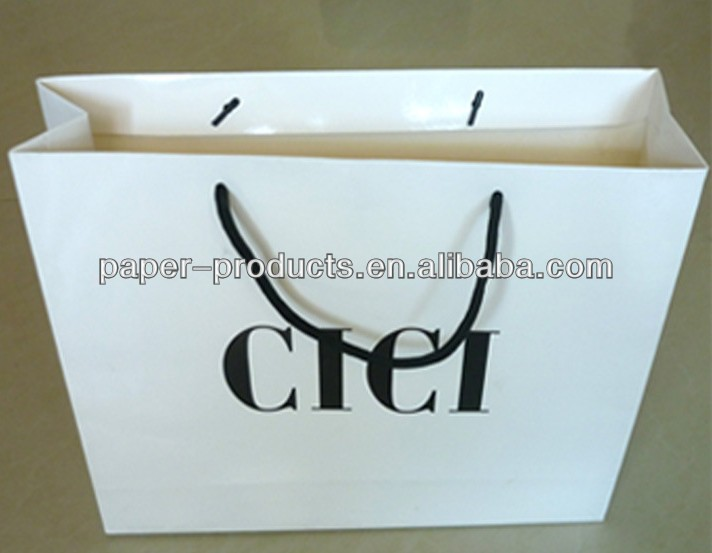 Glossy White Shopping Bag Black Logo Printed Shopping Bag With PP Handles