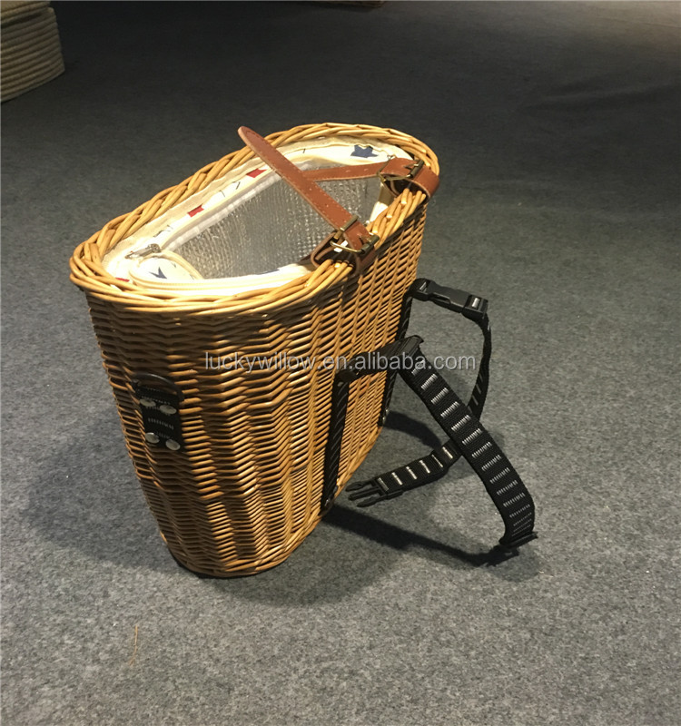 Hot sale Wholesale wicker woven delicate front bike bicycle basket for dogs pets