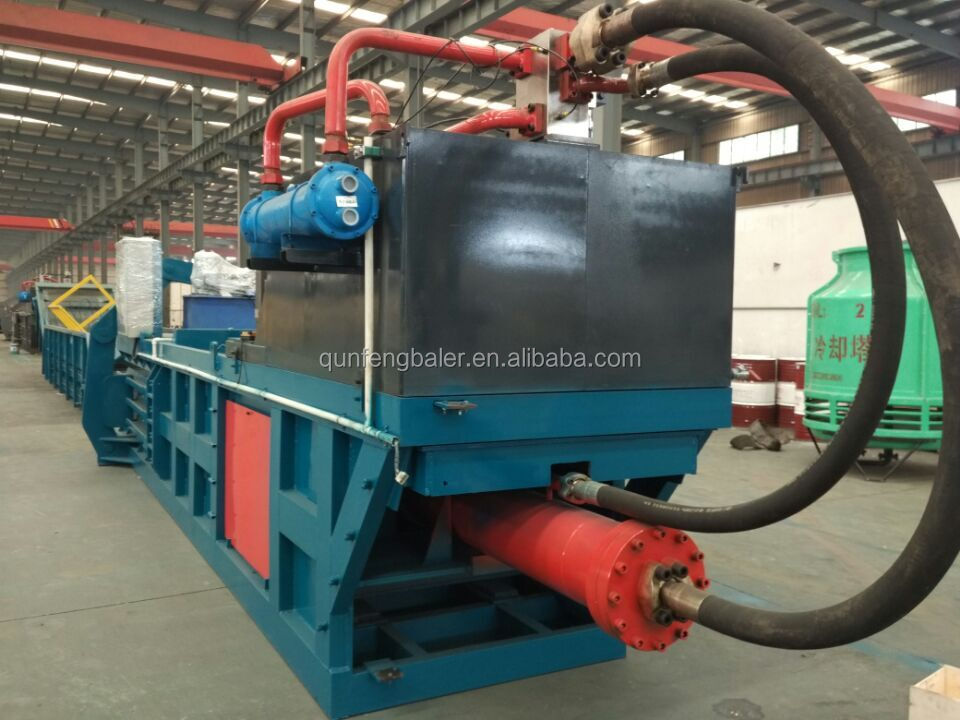 Small baler scrap plastic/waste paper/cardboard compactor baler machinery for sale