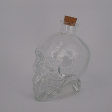 different size liquor whiskey glass bottle skull head shaped wine glass vodak bottle with stopper