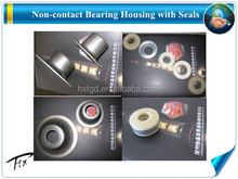 conveyor roller bearing housing and labyrinth seal
