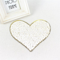 2017 Hot selling DIY Fashion heart Iron sequin embroidery patch