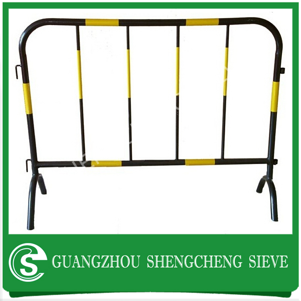 Traffic safety fence steel fence yellow