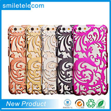 Perforated Snap Case For Girls Fashion Hollow Flower Rattan Phone Cover