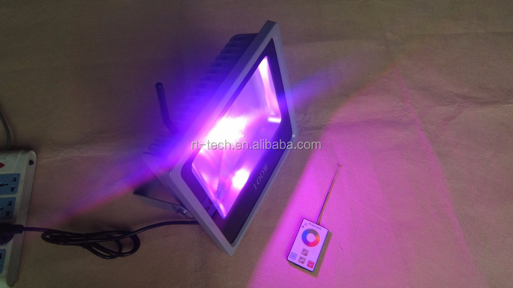 Smart waterproof ip65 wifi Remote Control RGBW 30 watt 20w 50W 10w outdoor color changing RGB led flood light
